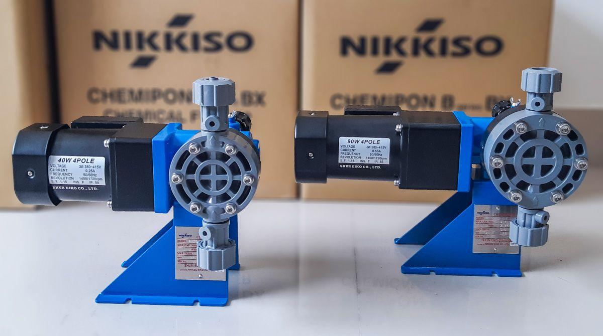 Máy bơm sản xuất sút ăn da định lượng hóa chất Nikkiso