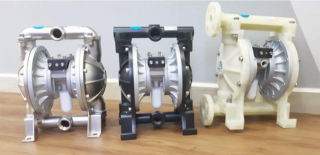 Bộ 3 sản phẩm thuộc dòng DS10: Thân inox, thân nhôm và thân nhựa PP