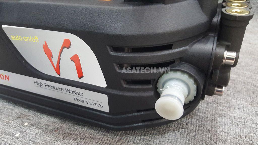 Máy xịt rửa xe tonyson V1 có thể sử dụng để vừa rửa xe và rửa máy lạnh