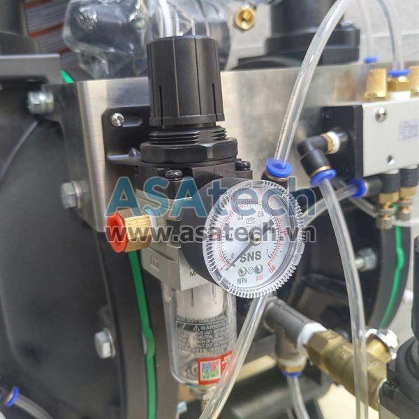 Đồng hồ đo áp lực khí nén trên máy bơm
