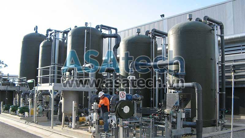 Nhà máy sản xuất axit HCl cần sử dụng máy bơm axit chuyên dụng cho hệ thống dây chuyền hoạt động