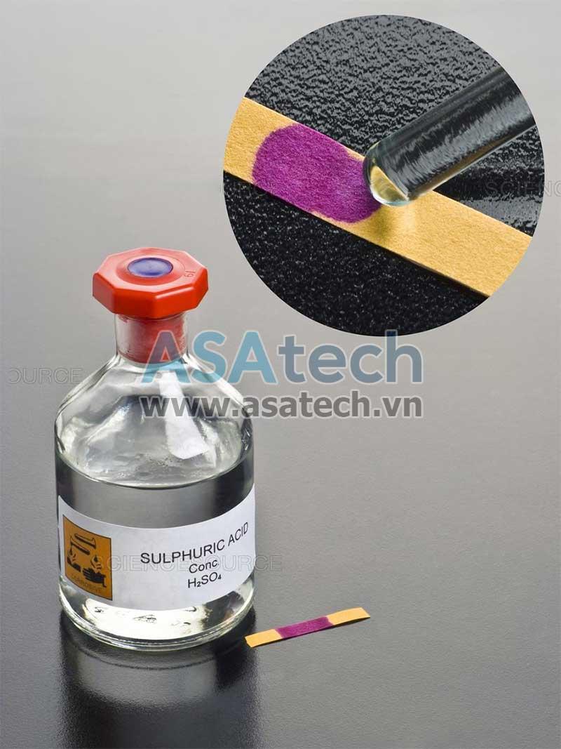 Dung dịch axit H2SO4, một trong những loại hóa chất sử dụng nhiều nhất trên thế giới